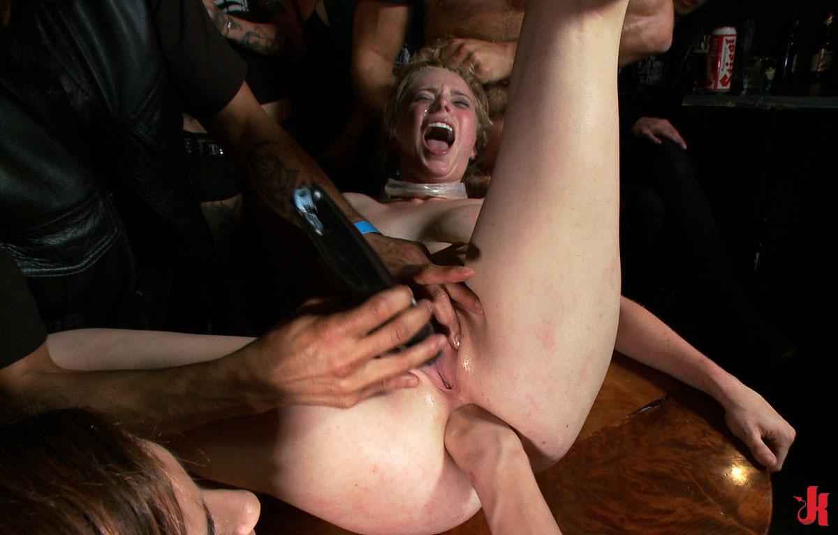 Публичный фистинг онлайн порно 5 фотография